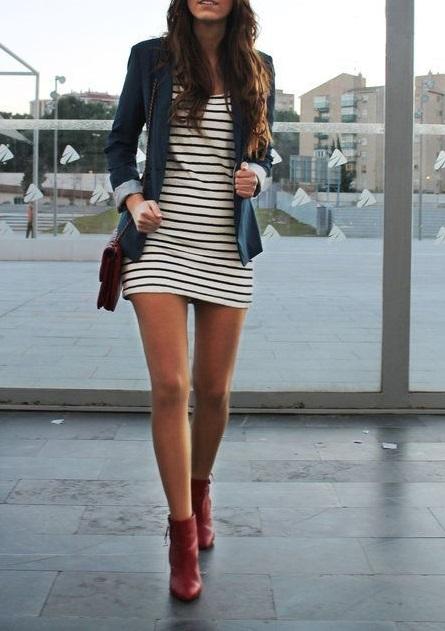 Amourblogetbeaute-comment-porter-les-bottes-rouges-robe-marinière