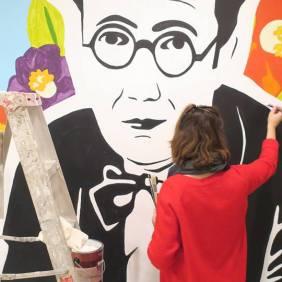 A artistas galega ultimando detalles | @vadesigner
