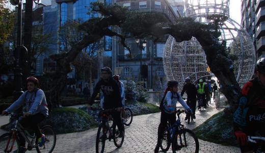 O ciclismo máis solidario con 'Bicis no Nadal' e 'Unha bici un sorriso'