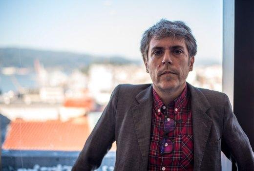 Iván Ferreiro: «Golpes Bajos era o grupo perfecto para un neno coma min, insatisfeito e de mal humor»