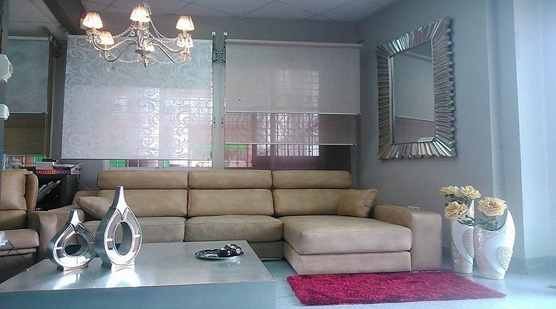 Fotografía de un salón expuesto en el establecimiento de Anfera Confort Montequinto.
