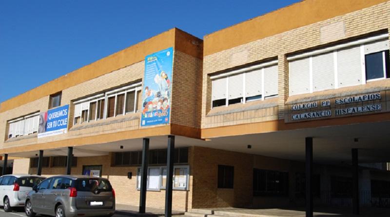 Fachada del Colegio Escolapios Calasancio Hispalense de Montequinto