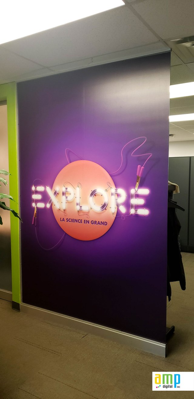 Wrap Vinyle dans les bureaux du centre des sciences de Montréal