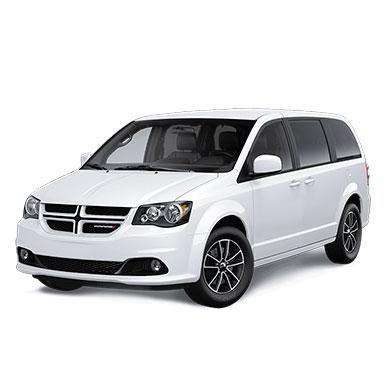 Dodge Grand Caravan blanche devant 45