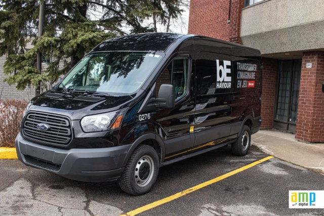 Ford Transit lettering in Montreal