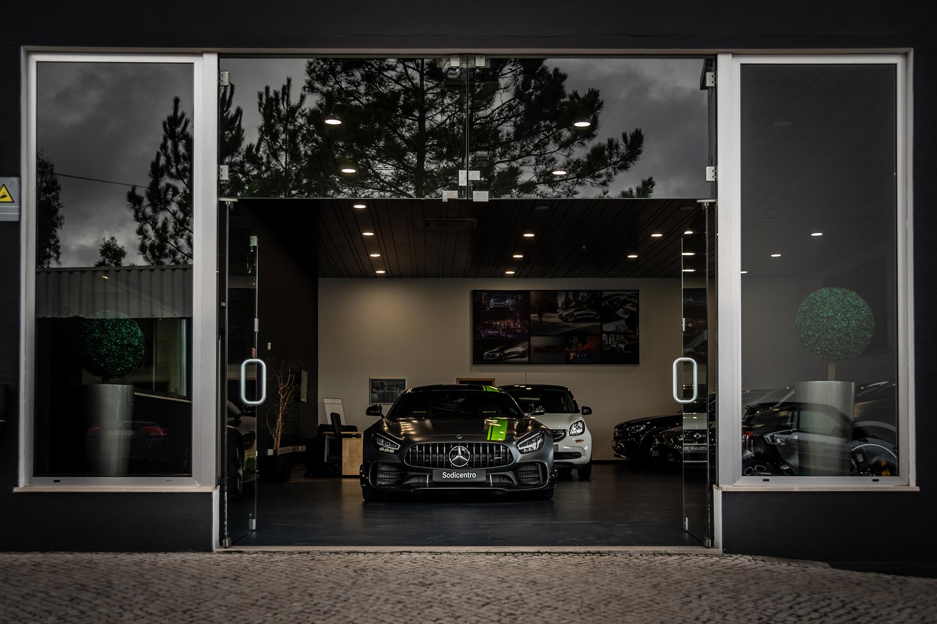 Mercedes AMG GTR Pro