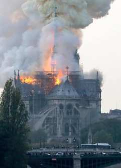 Incendio Catedral de Notre Dame 9