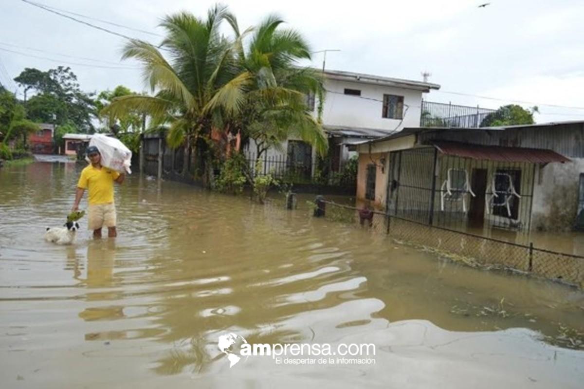 Albergues suman casi 100 personas atendidas por graves inundaciones en Limón | AMPrensa.com