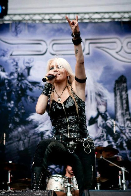 DORO AWESOME WALLPAPER II