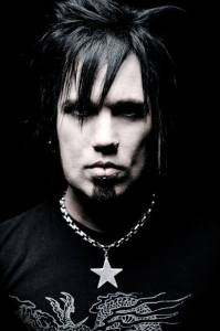PATRICK KENNISON | Interview with Amps and Green Screens