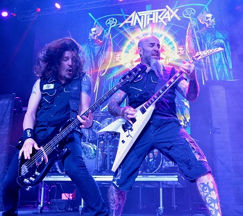 ANTHRAX LIVE 2