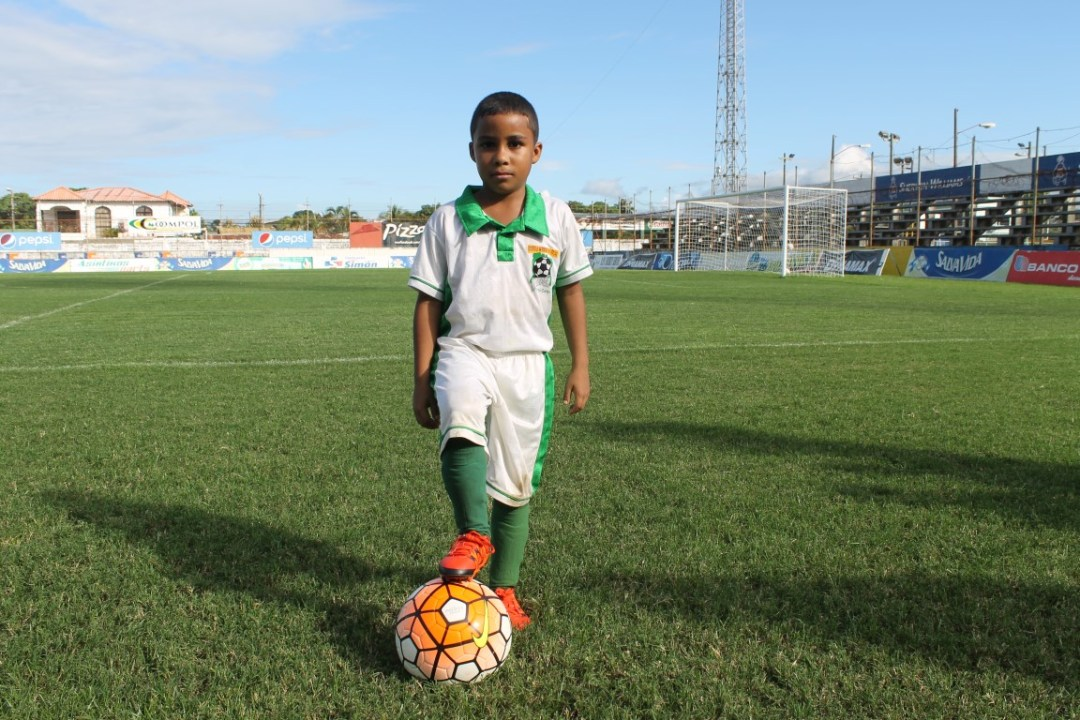 IMDEPOR - Escuela Municipal de Futbol on goleador IMG_4619 (Medium)