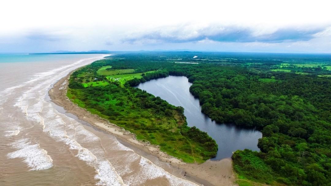 Laguna de Alegría.