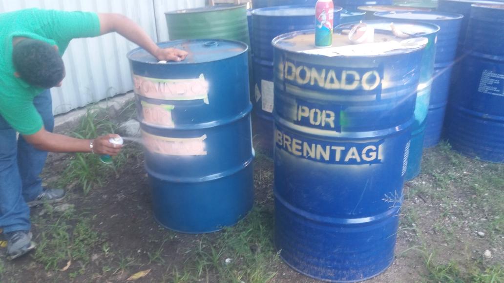 Se entregan contenedores para almacenamiento temporal de residuos
