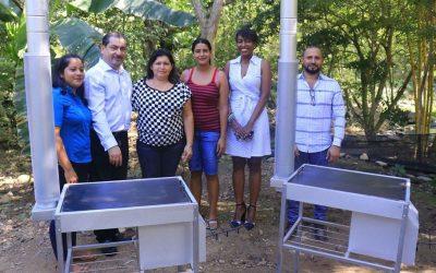 Hicimos entrega de Estufas Ecológicas a 20 familias.