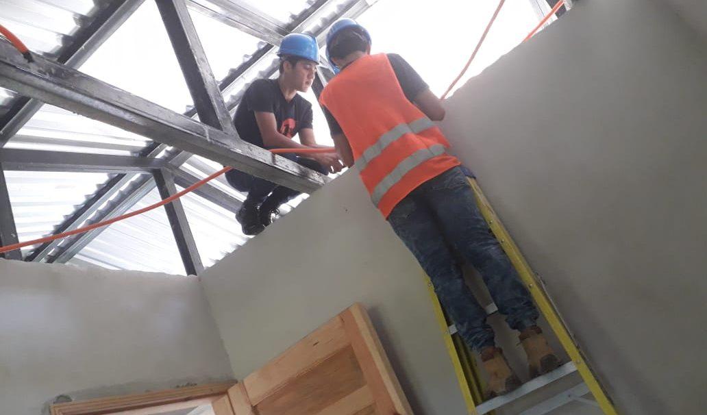 Nuestros Jóvenes de la Escuela Taller Elio Henriquez realizan su practica profesional.