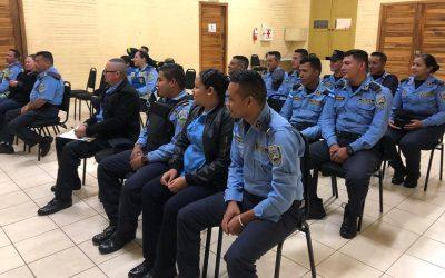 Capacitamos Efectivos de la Policía Nacional en temas sobre Conducta Psicológica.