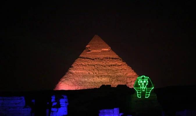 Pyramiden Ton& Lichts