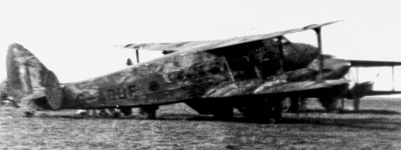 De Havilland DRAGON G-ADUF sur le terrain de Vraux en 1939