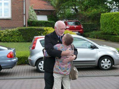 Tony Low (Blenheim société )retrouve Joske l'épouse de Michel Knokaert.