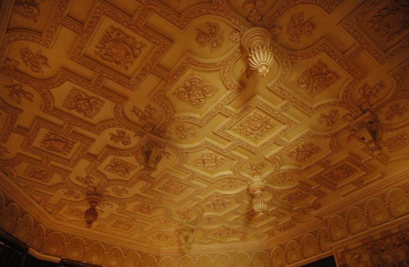 Formal Luncheon Dining Room Ceiling