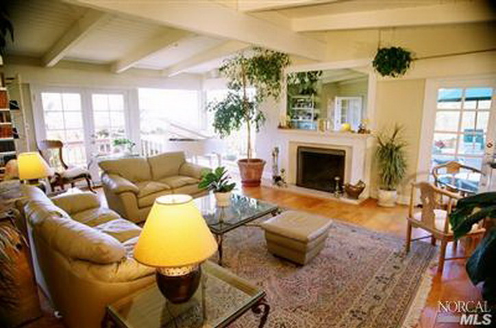 For Rent! Exclusive Private Tiburon Bayside Home – Elegantly Furnished with Expansive Bay Views….