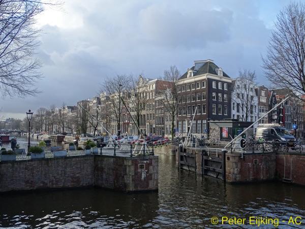 Haarlemmersluis – Singel-600×450-PE-wm