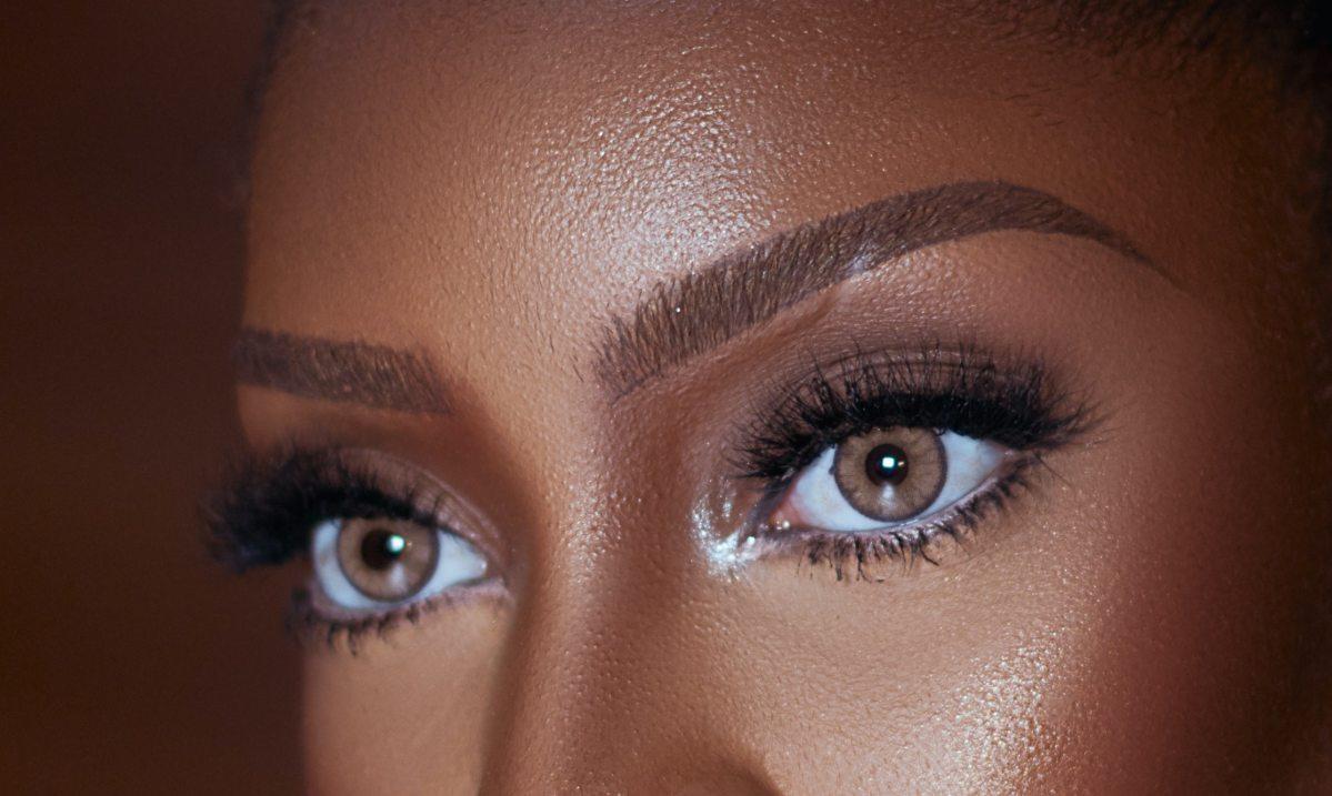 Eye makeup (293354)