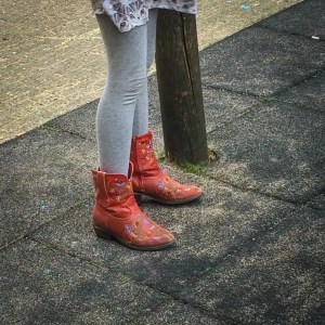 Dutch red boots