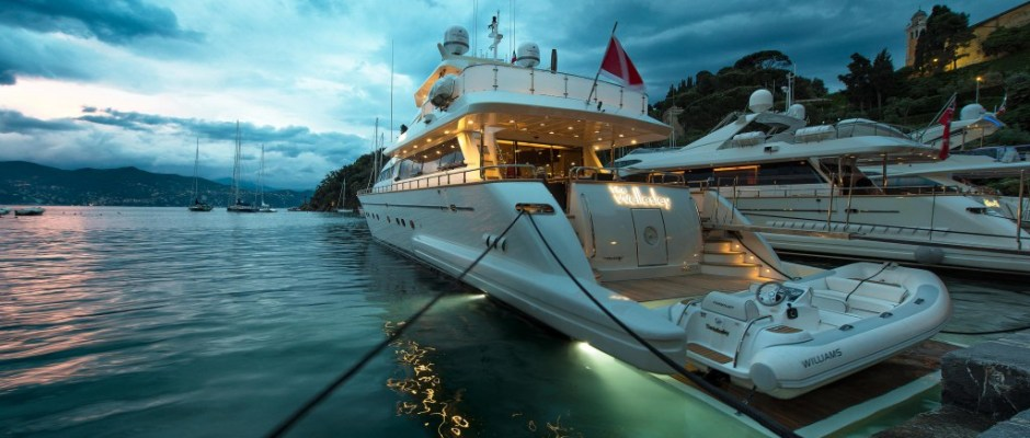 Wellesley yacht for charter