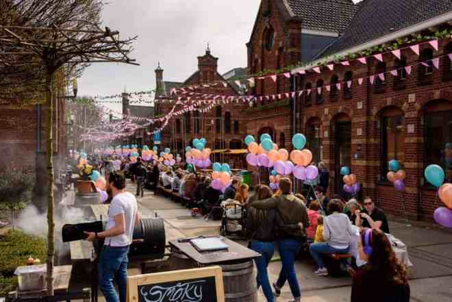 Westergasfabriek market with balloons