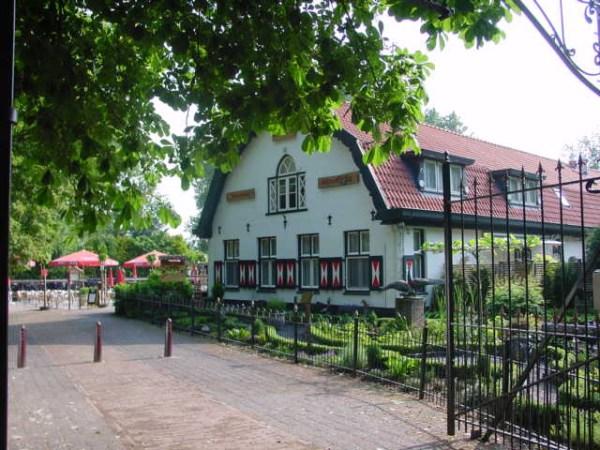 The pancake house in the Amsterdam Forest (Pannenkoekenboerderij Meerzicht - Amsterdamse Bos)