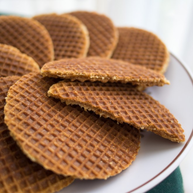 stroopwafels - Dutch food to try in Amsterdam