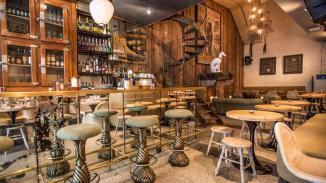Amsterdam, Centrum, Spuistraat, Blue Boy, 19-09-2016 A-Locatie Restaurant Blue Boy op de Spuistraat.