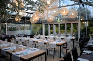restaurant-de-kas-dining-room