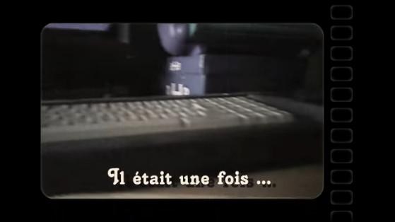 Changer la courroie d'un Amstrad CPC 6128 (vidéo)