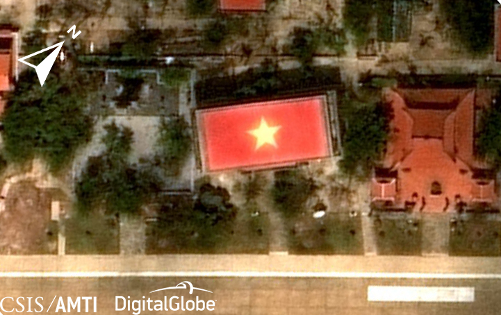 Flag-roofed building on Spratly Island, Mar 18, 2018