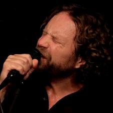 Mark Blacknell singing