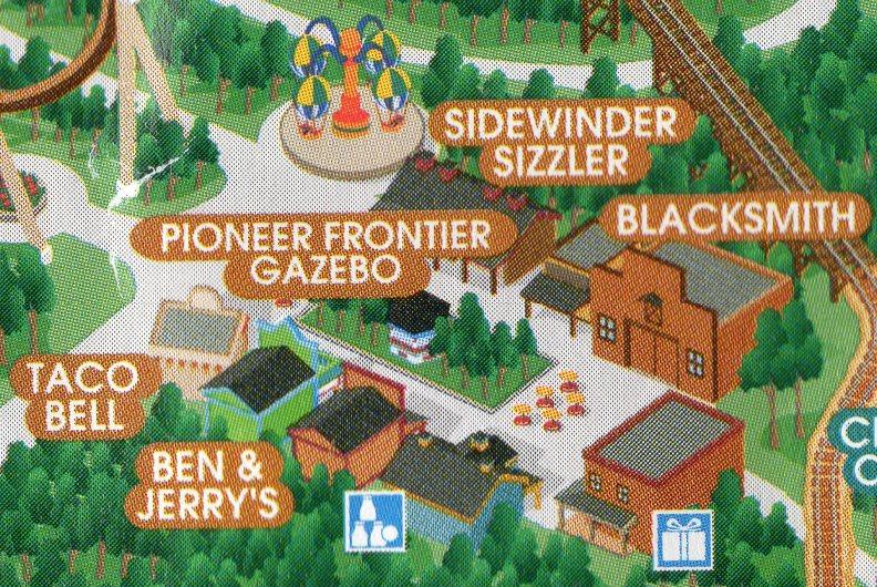 1999-pioneer-food-court