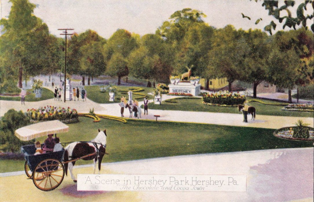 1930 ~ Hersheypark main entrance