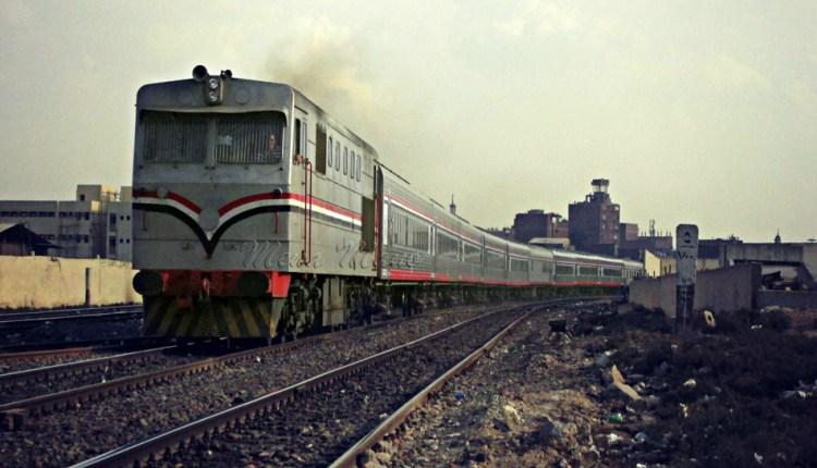 ايرادات السكك الحديدية - السكة الحديد