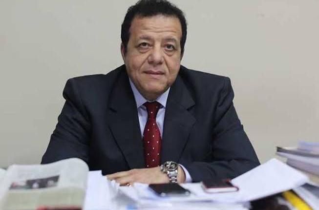 د. عاطف عبد اللطيف