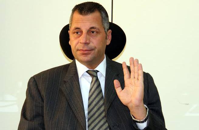 إبراهيم لبيب رئيس اللجنة العامة لتأمينات السيارات