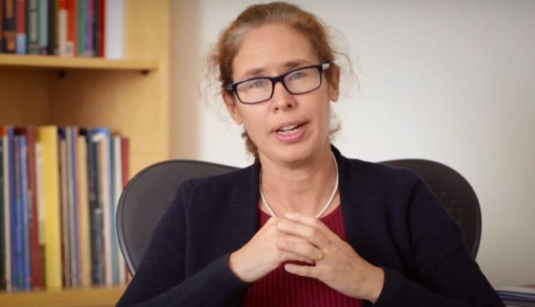 مارينا ويس المدير الإقليمى للبنك الدولى