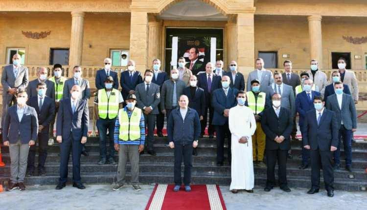 الرئيس السيسي يتفقد مشروع مستقبل مصر للإنتاج الزراعي