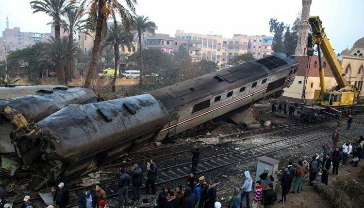 اصطدام قطارين بسوهاج