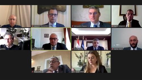 ندوة مناقشة الدور المحورى لقناة السويس