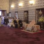 画像と動画:天皇皇后両陛下の公式訪問先のタイでアムウェイの空気清浄機発見