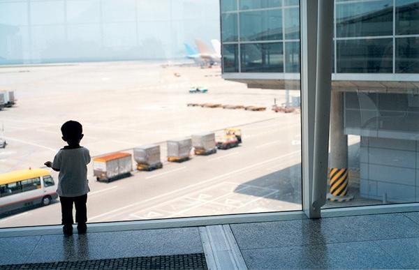 Take medicines when travelling with children