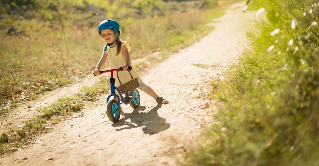 Balanced Bikes vs Tricycles